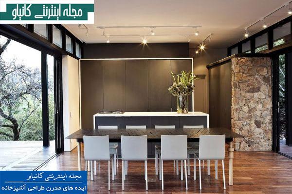 آشپزخانه مدرن و زیبا با یک طبقه باز و مناظر دیدنی