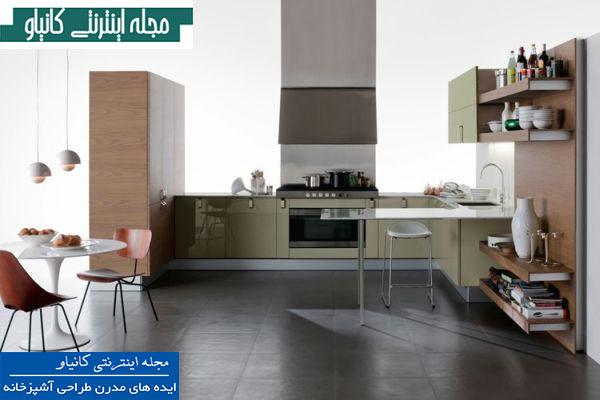 محوطه آشپزخانه و غذاخوری مدرن با نورهای آویز شیک و انبار قفسه باز