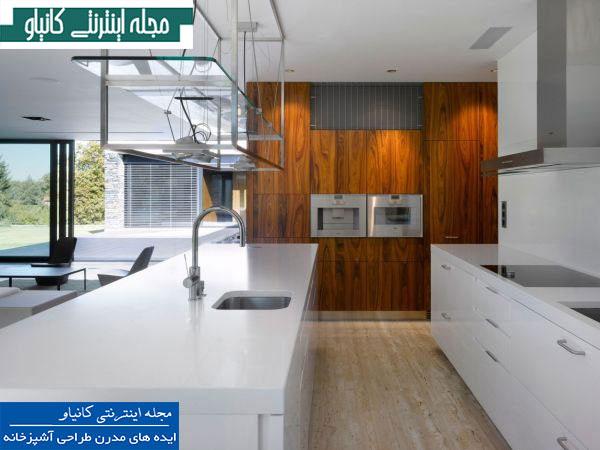 سفید و قهوه ای ترکیب خوبی برای یک آشپزخانه مدرن است